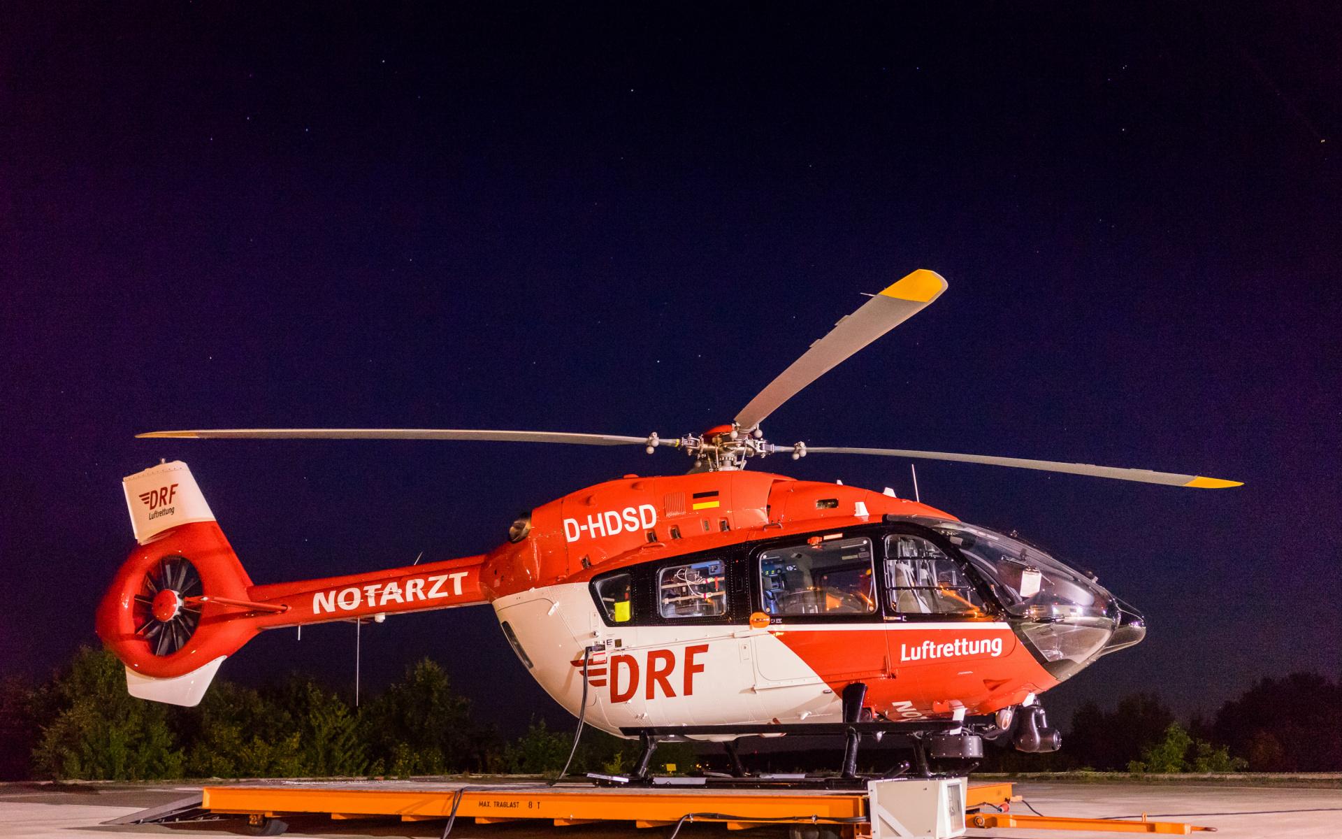 Rund um die Uhr einsatzbereit: Christoph Regensburg der DRF Luftrettung.