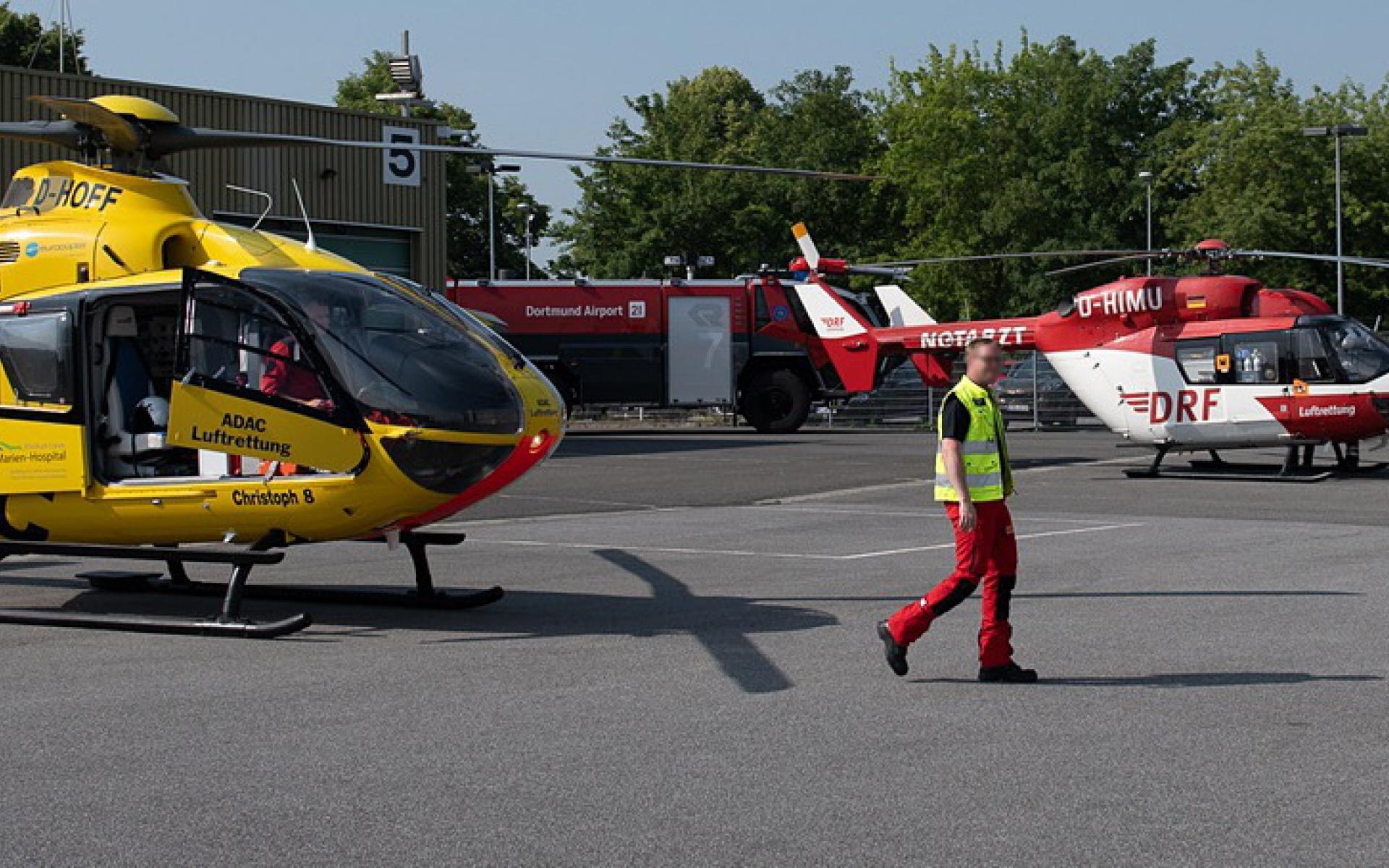 Verschiedene Rettungsmittel – darunter Christoph 8 und Christoph Dortmund – konnten begutachtet werden.