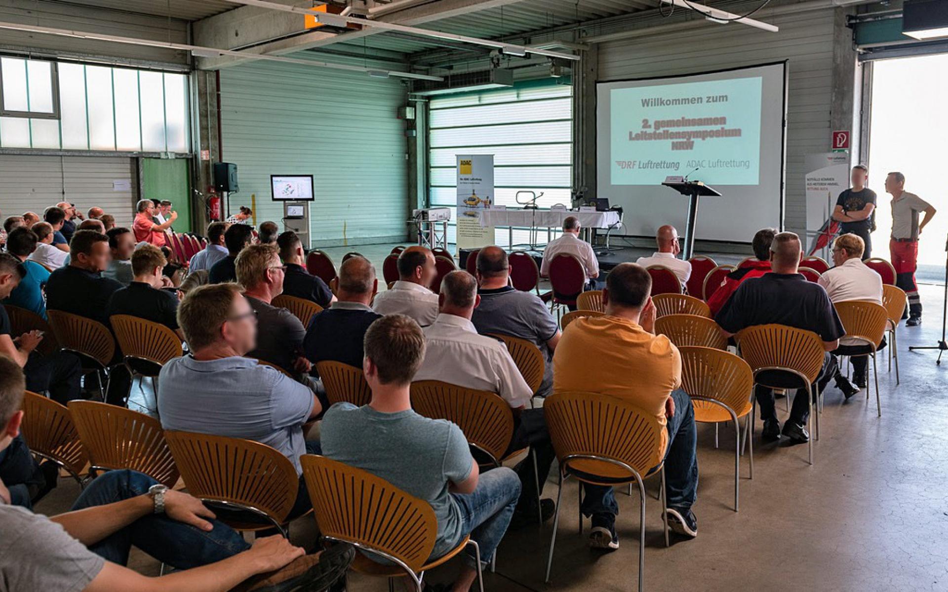Zum zweiten Mal veranstaltete die DRF Luftrettung in Dortmund, gemeinsam mit der ADAC Luftrettung, eine Fortbildung für Leitstellendisponenten.