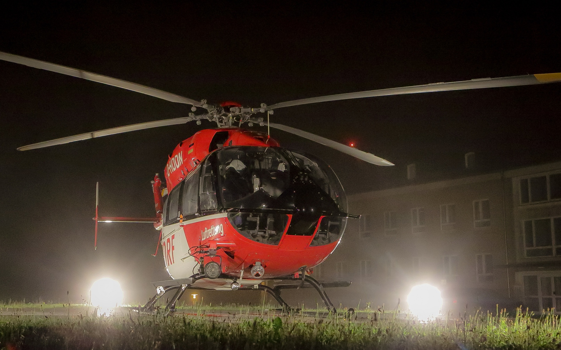 BAB Christoph Thüringen ist als einziger Hubschrauber des Landes auch nachts einsatzbereit
