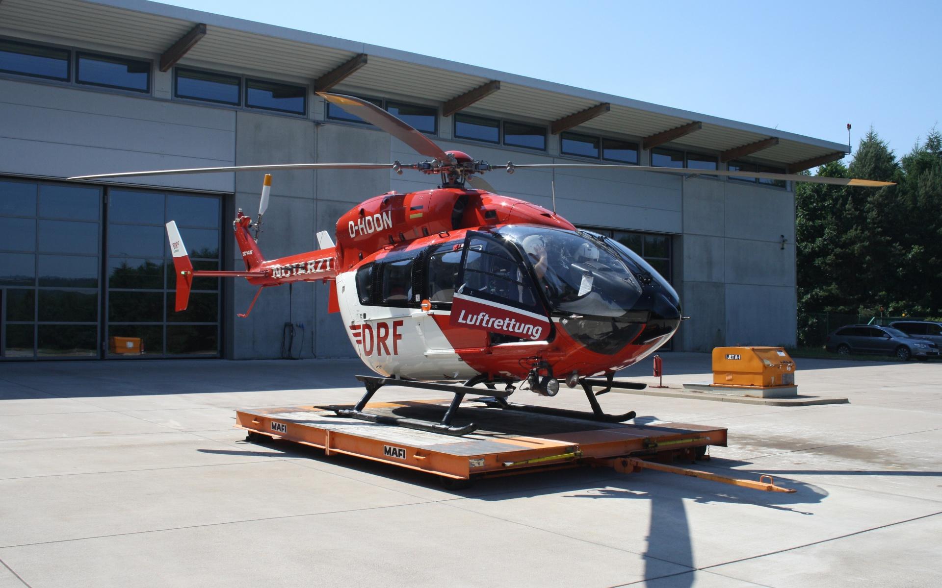Die Hubschrauber der DRF Luftrettung werden immer wieder zu Unfällen mit Pferden alarmiert. Zwei an einem Tag wie kürzlich in Bad Berka sind jedoch ungewöhnlich. Symbolbild.