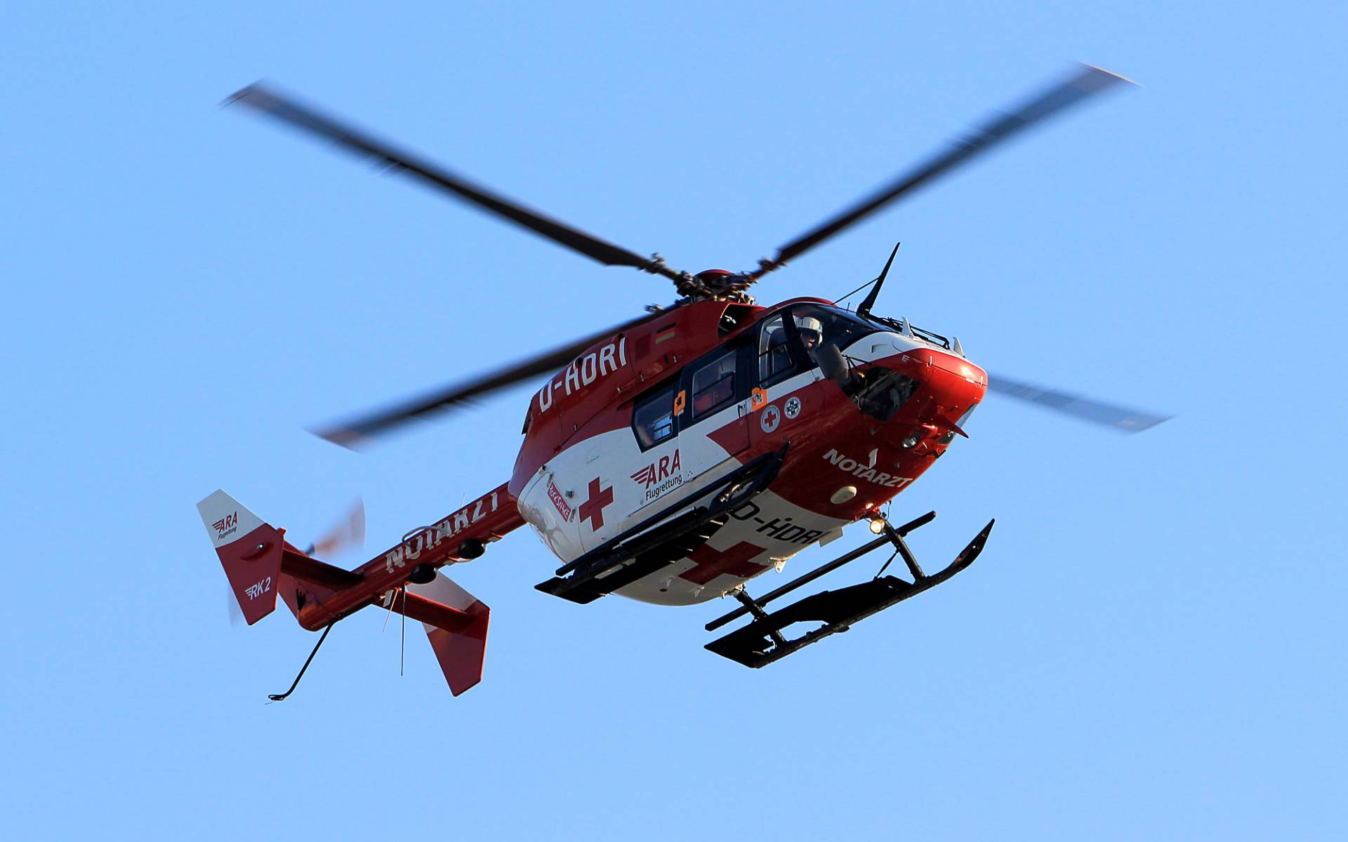 Seit 15 Jahren ist der Fresacher Notarzthubschrauber der ARA Flugrettung im Einsatz, um Menschen in Not zu helfen.