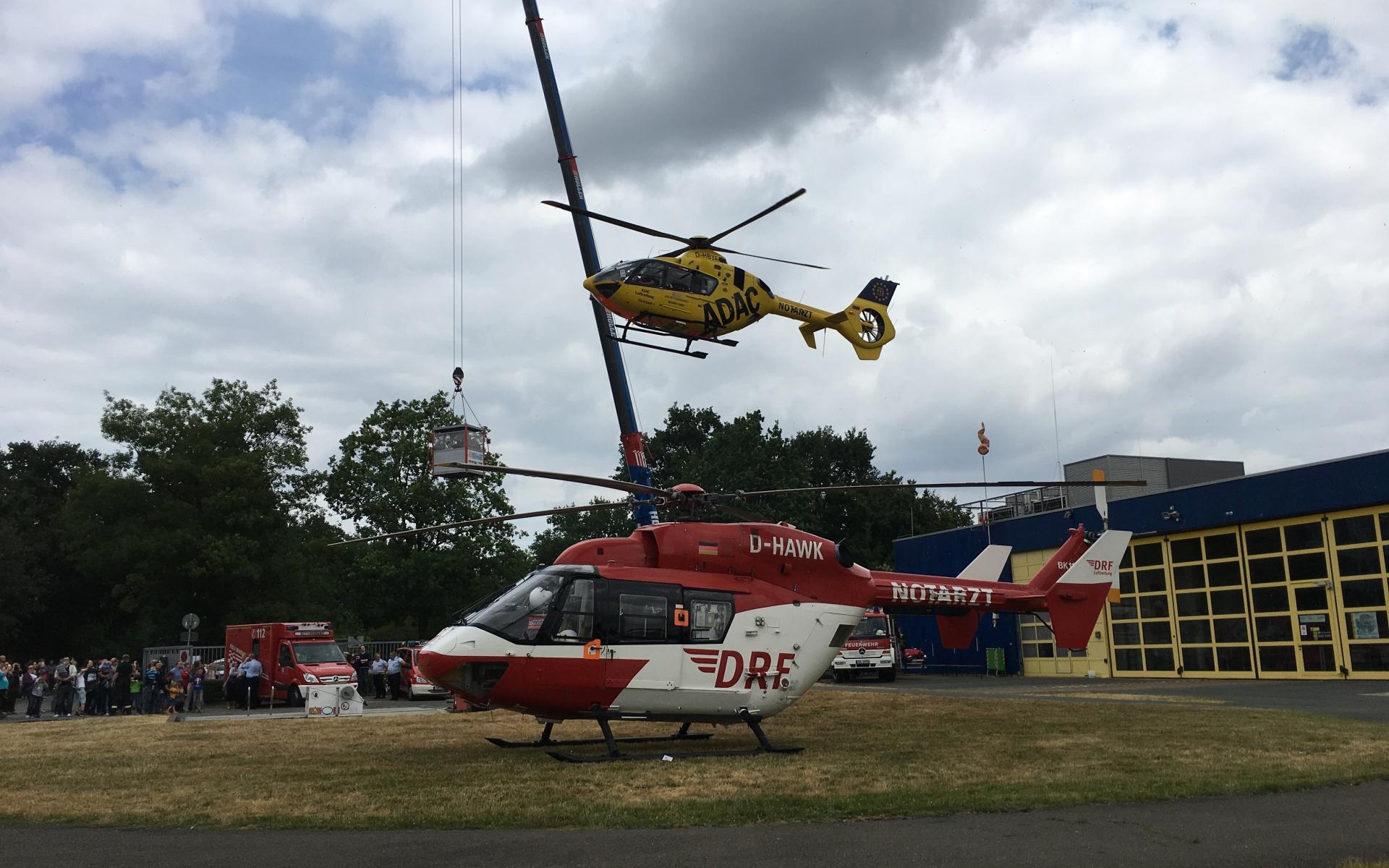 Gleich zwei Hubschrauber konnten sich interessierte Besucher ansehen.