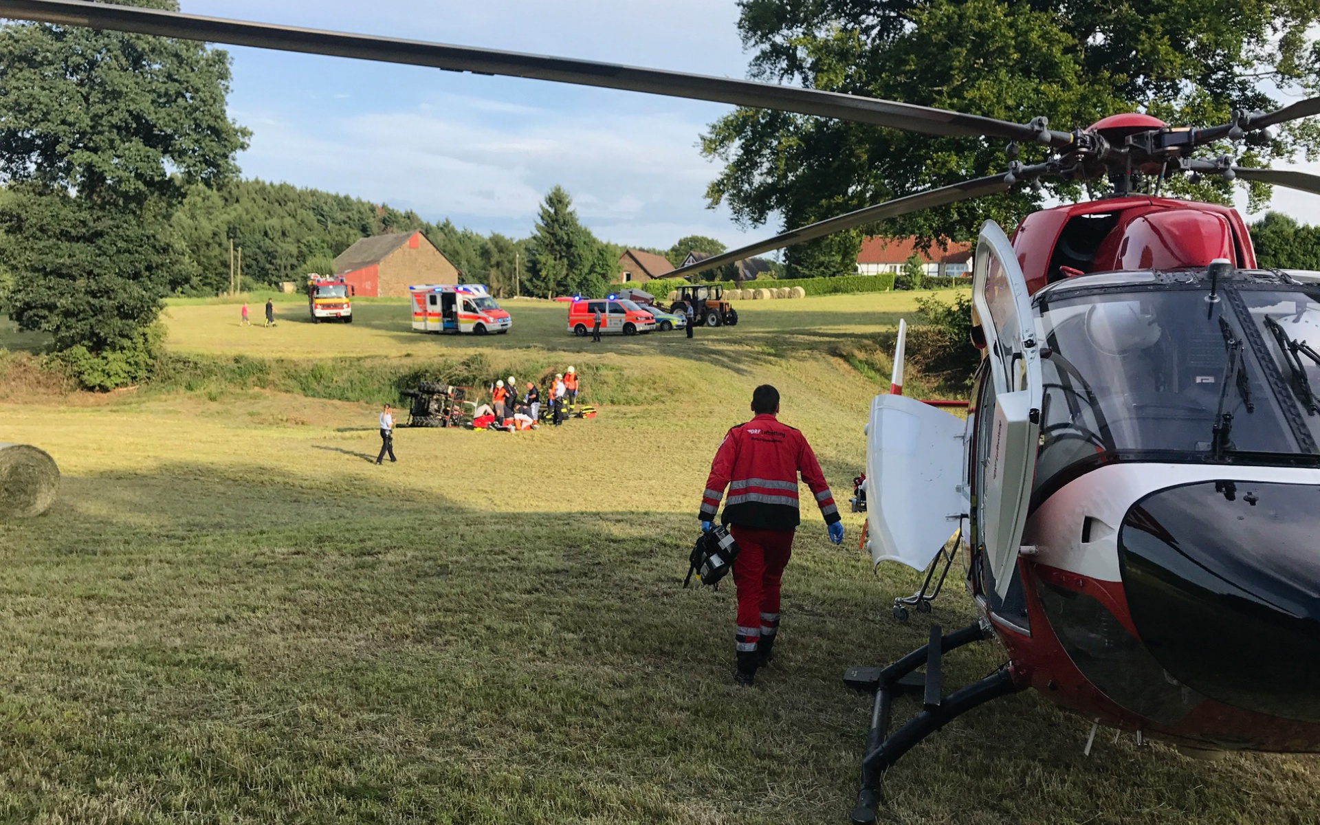 Rettung in letzter Sekunde - Christoph Dortmund bei Traktorunfall im Einsatz