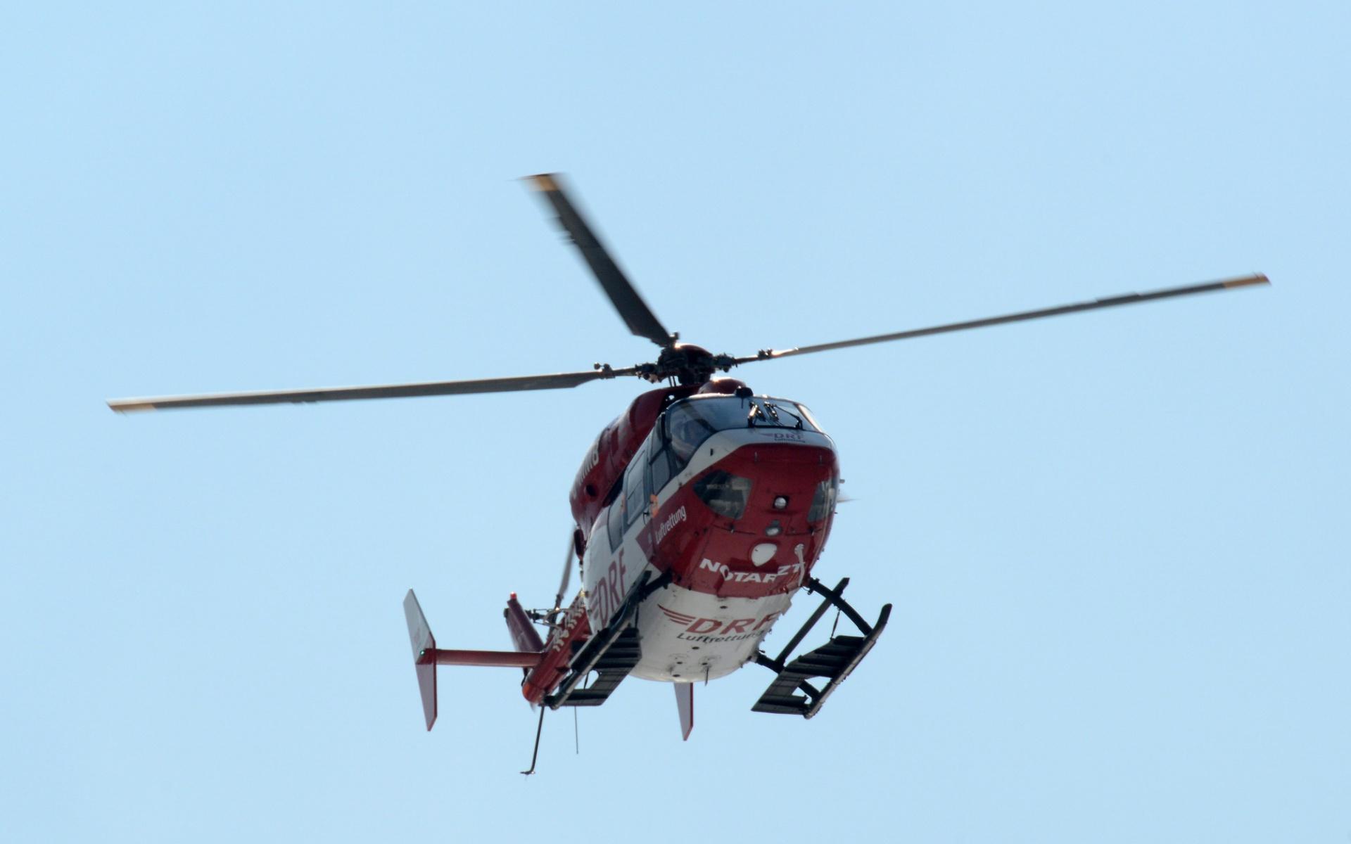 Ein Hubschrauber des Typs BK 117, wie er in Freiburg zum Einsatz kommt. (Symbolbild)