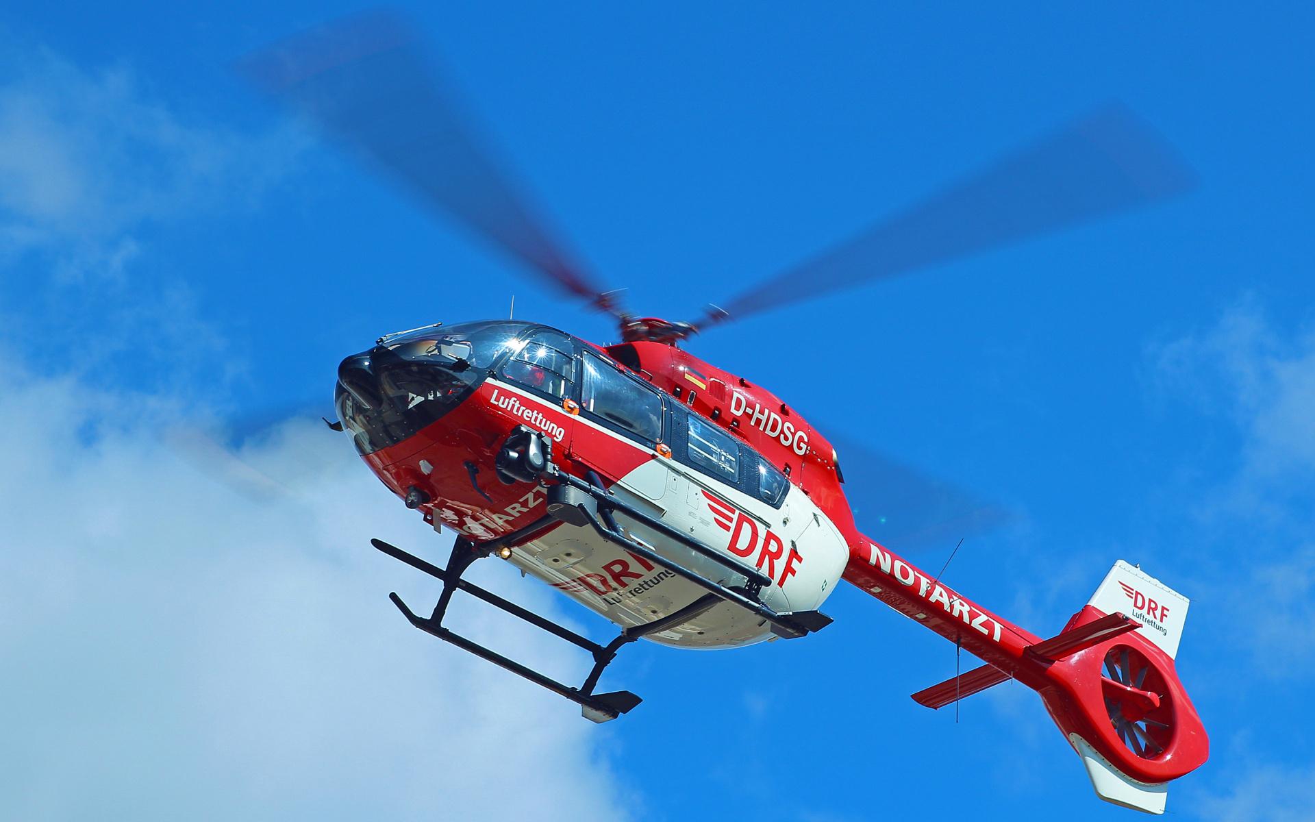 Schlaganfälle, Herzinfarkte oder schwersten Verletzungen: Im ersten Halbjahr 2019 wurde die DRF Luftrettung über 3.000-mal zu zeitkritischen Notfällen alarmiert.