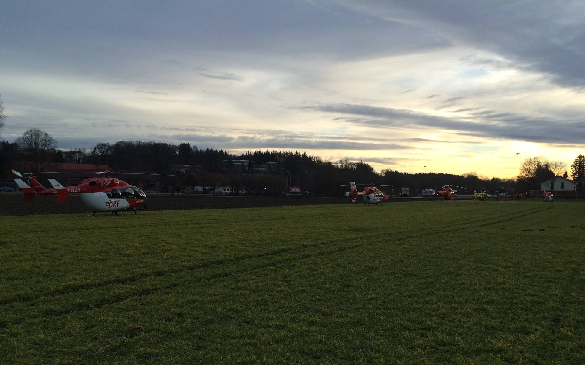 Das Unglück geschah am frühen Morgen, zehn Menschen starben, rund 80 Verletzte mussten medizinisch versorgt werden.