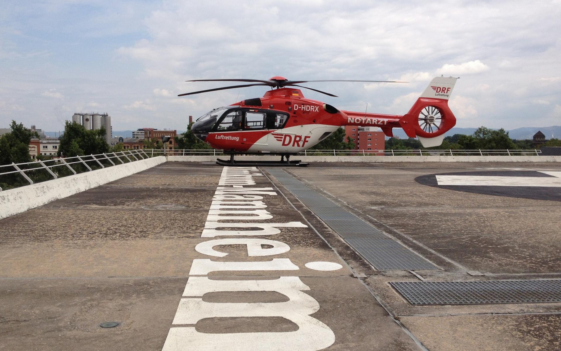 Christoph 53 auf dem Dach des Mannheimer Klinikums. (Symbolbild)