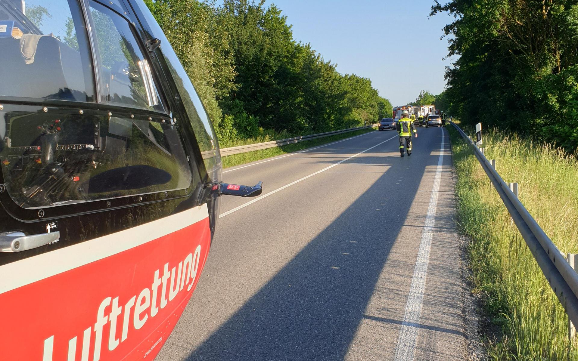 Gleich zwei Hubschrauber der DRF Luftrettung wurden kürzlich auf die Flughafentangente München alarmiert.