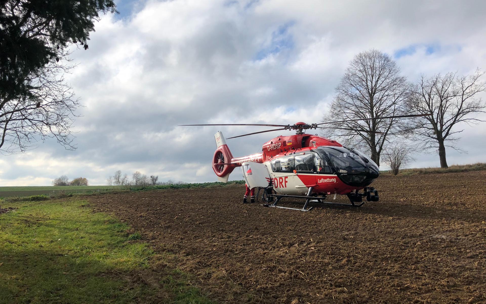 Einsatz in Mallersdorf-Pfaffenberg: Ein mit heißem Wasser verbrühtes kleines Mädchen musste schnell in eine Spezialklinik geflogen werden.