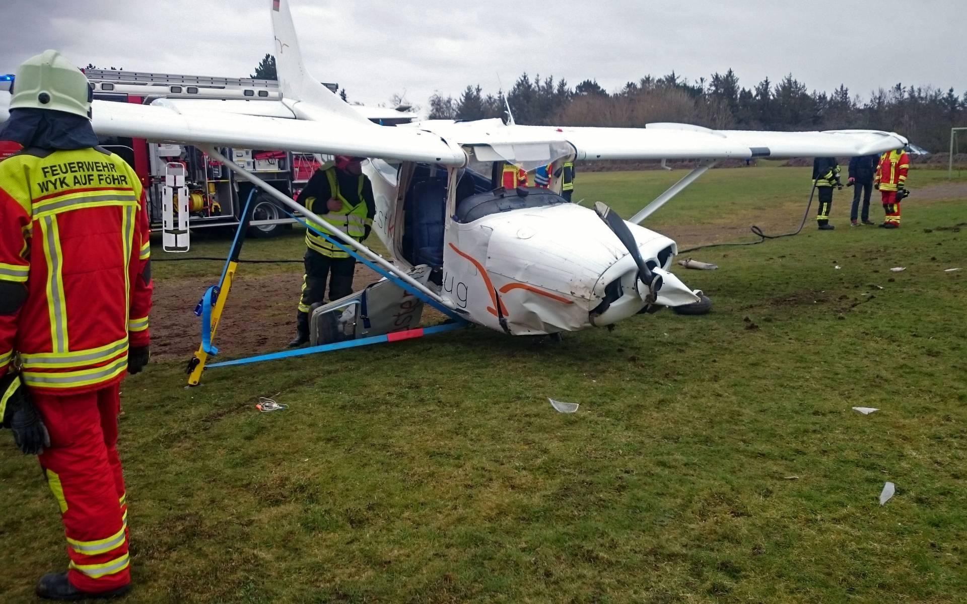Flugzeugabsturz Vor Den Augen Der Niebuller Luftretter Drf Luftrettung