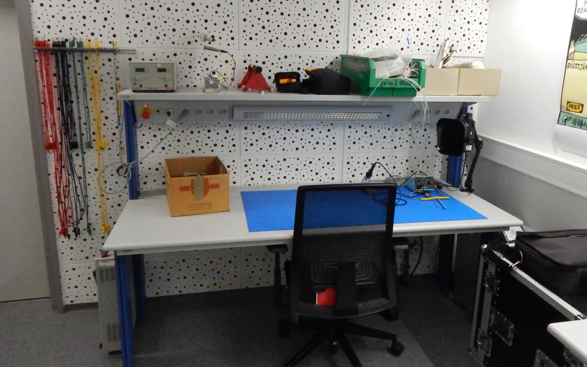 Arbeitsplatz im Labor.