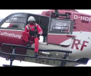 Embedded thumbnail for DRF Luftrettung Video Windenrettung