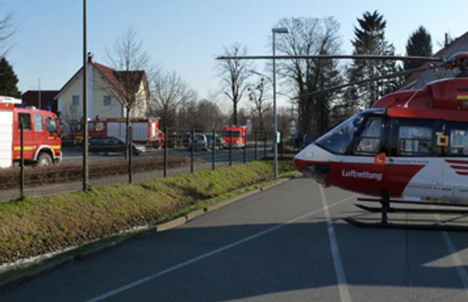 Schwerer Verkehrsunfall in Bönen - Christoph Dortmund am Unfallort