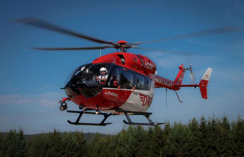 Hubschraubereinsatz nach schwerem Radunfall: Zwei ältere Frauen mussten umgehend notärztlich versorg und in Kliniken transportiert werden. Symbolbild.