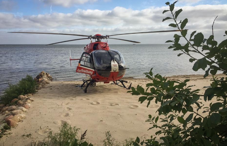 Nach nur fünf Minuten landere Christoph 47 am Ostseestrand.