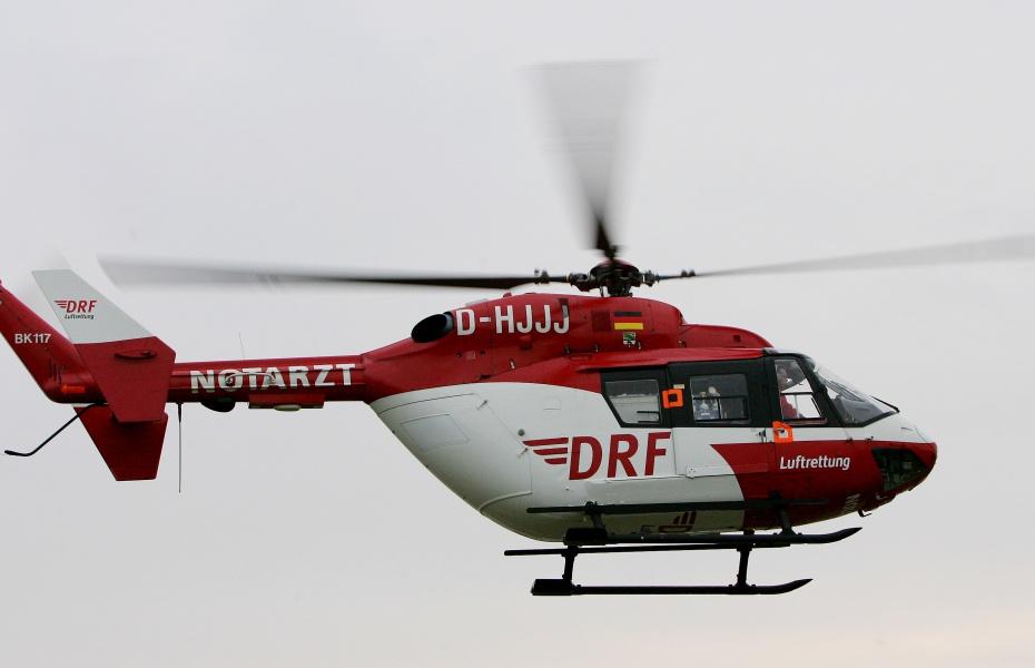 Christoph Weser der DRF Luftrettung im Flug zu einem Einsatz. Symbolfoto.