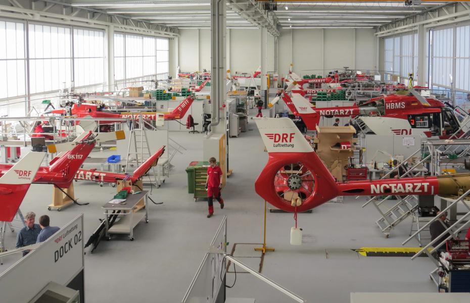 Ausgangspunkt der technischen Flüge: die Werft in Rheinmünster am Flughafen Karlsruhe/Baden-Baden.