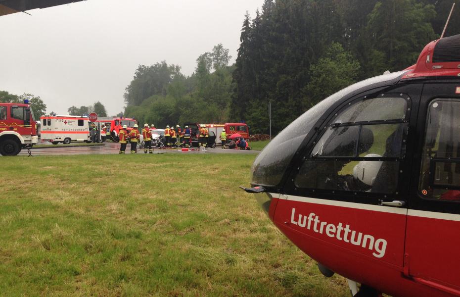Schwerer Unfall kürzlich bei Owingen, Christoph 45 war im Einsatz.