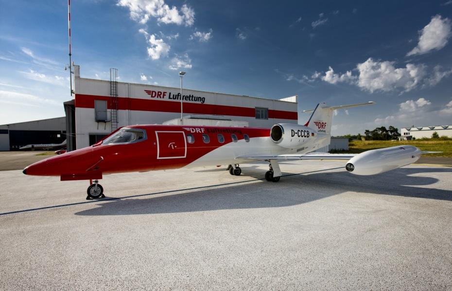 Nach Abwicklung aller Vorbereitungen startete die Crew an Bord eines Learjets der DRF Luftrettung Richtung Bulgarien. Symbolbild.
