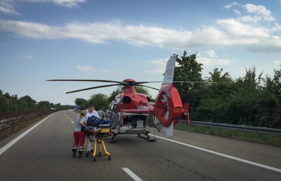 Motorradunfall: Die Crew von Christoph 53 wurde zu Hilfe gerufen.