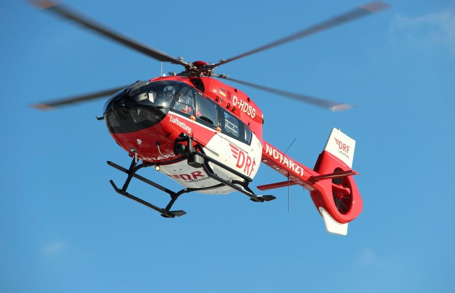 Besonders gut für den Nachtflug und Intensivtransporte geeignet: Die H 145. Symbolbild.