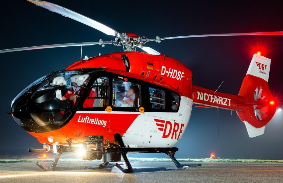 Nachteinsatz für Christoph 11 aus Villingen-Schwenningen: Ein Skifahrer war mit einem anderen zusammen geprallt und hatte sich schwer verletzt. Symbolbild.