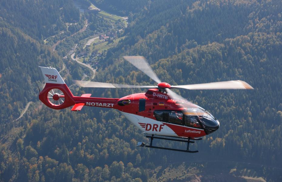 Seit dem 1. Mai kommt eine H 135 an der Station in Friedrichshafen zum Einsatz. Symbolbild.
