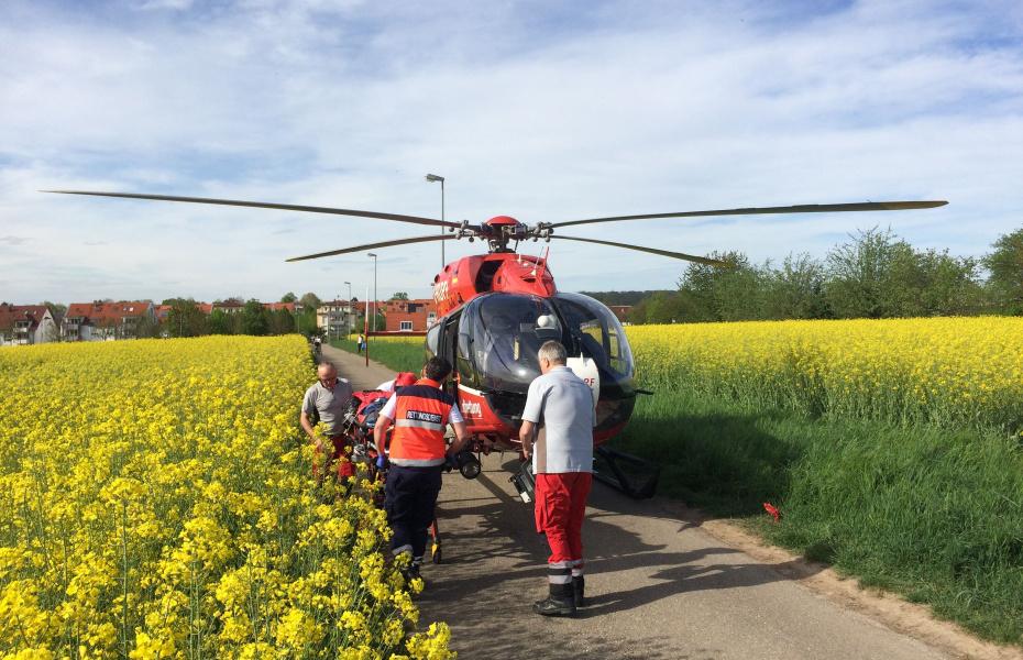 Schneller Transport eines Herzinfarktpatienten an Bord von Christoph 51.
