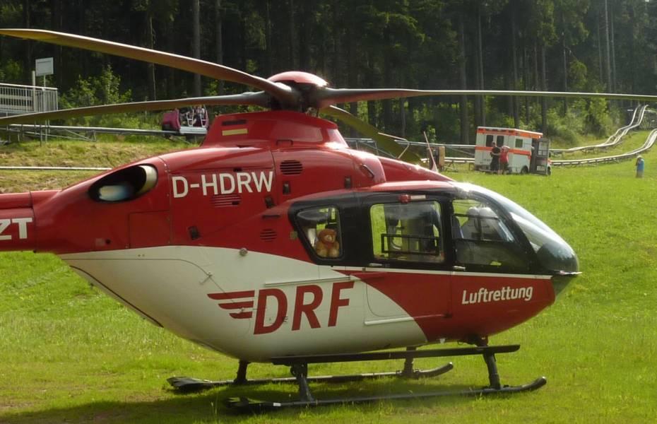 Beide Verletzte wurden an Board von Christoph 60 in eine Klinik transportiert.