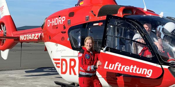 Die Thüringer Landtagsabgeordnete Beate Meißner zeigte sich sehr beeindruckt von der Arbeit der Suhler Luftretter.