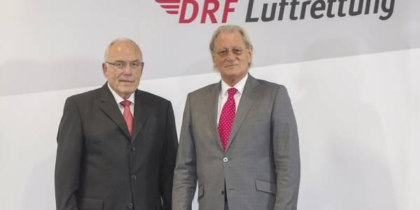 Dr. h.c. Rudolf Böhmler (links im Bild) ist neuer Präsident des DRF e.V. Er folgt auf Helmut Nanz (rechts im Bild).