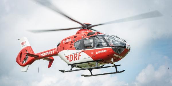 """Aktuell betreibt die DRF Luftrettung """"Christoph 80"""" mit einer Maschine des Typs EC135."""