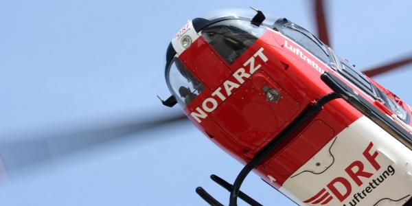Schnelle Hilfe durch die DRF Luftrettung erhielt vor Kurzem ein Motorradfahrer in der kleinen Stadt Märkisch Buchholz.