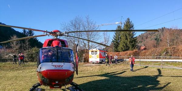 Der Freiburger Rettungshubschrauber Christoph 54 erreicht nach wenigen Minuten die Unfallstelle im Münstertal.