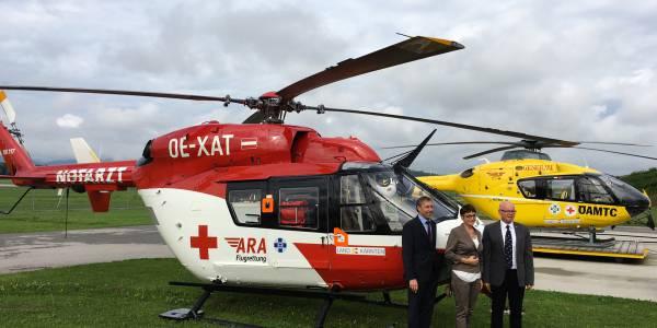 Dr. Beate Prettner, Gesundheitsreferentin Land Kärnten, lobte die Arbeit der ARA Flugrettung und der ÖAMTC-Flugrettung. Der Vorstand der DRF Luftrettung, Steffen Lutz (links im Bild), und Reinhard Kraxner, Geschäftsführer der ÖAMTC- Flugrettung, dankten für die gute Zusammenarbeit.
