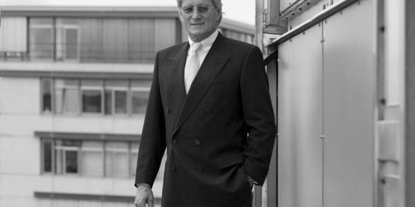 Über zwei Jahrzehnte hinweg war Helmut Nanz ein wichtiger Wegbegleiter der DRF Luftrettung.