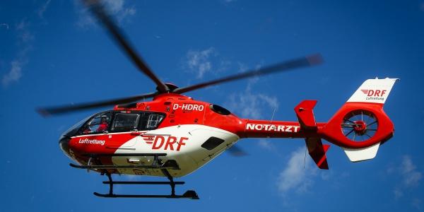 Christoph 43 transportiert einen Franzosen in nur acht Minuten vom Bühl zu einer Klinik nach Straßburg. (Symbolbild)