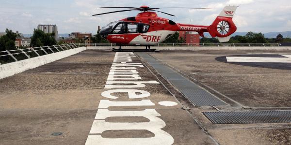 Das Team von Christoph 53 ist als erstes in Deutschland komplett in der Anwendung erweiterter invasiver Notfalltechniken ausgebildet.