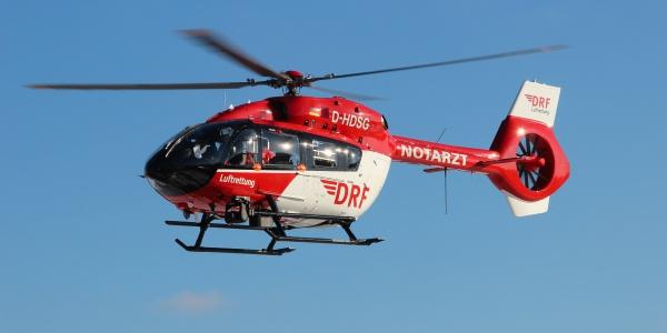 Als fliegende Intensivstation optimal für den Transport von Intensivpatienten – darunter auch unter ECMO-Therapie – geeignet: Die H 145. (Symbolbild)