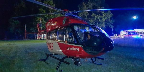 Bis in die Nacht dauerte der Einsatz von Christoph München, als sich kürzlich ein schwerer Verkehrsunfall nahe Erding ereignete.