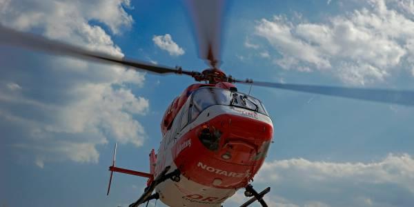 Bei hitzebedingten Notfällen kommt die schnellste Hilfe häufig aus der Luft.