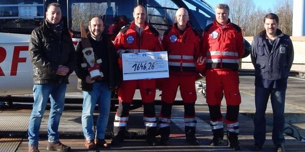 Vlnr: Volker Hansen, Stationsleiter Martin Dlugosch, die diensthabende Besatzung, Lorenz Ohl.