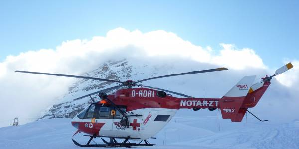 Symbolbild: RK-2 der ARA Flugrettung im Zugspitzgebiet.
