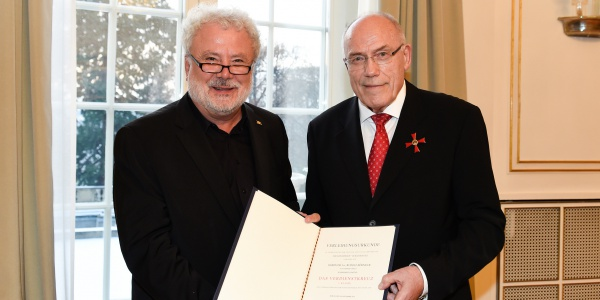 Staatsminister Klaus-Peter Murawski (l.) und Staatssekretär a. D. Dr. Rudolf Böhmler (r.)  Quelle: Staatsministerium Baden-Württemberg