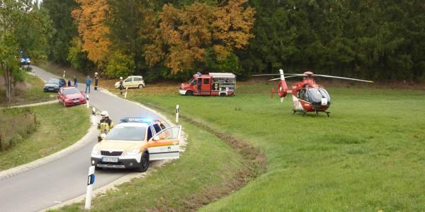 Suhler Rettungshubschrauber der DRF Luftrettung bei Verkehrsunfall im Einsatz.