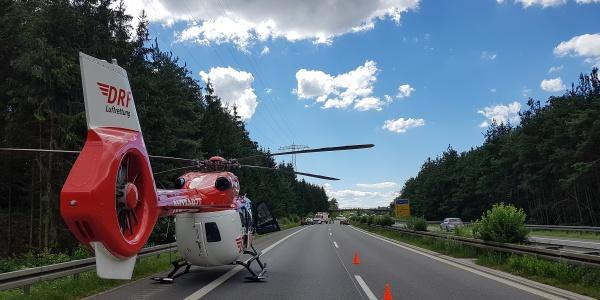 Glück im Unglück hatte kürzlich eine Motorradfahrerin und kam mit leichteren Verletzungen davon.